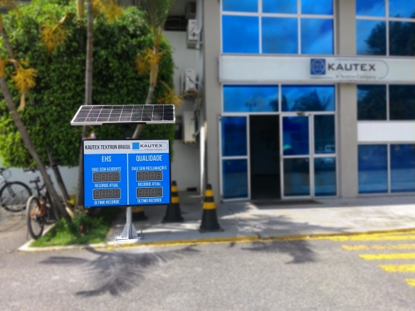 Painel Eletrônico de Cipa Solar, instalado na Kautex Textron Brasil